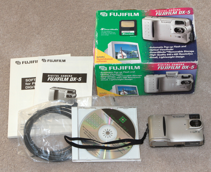 fuji dx-5 digital camera set 1997