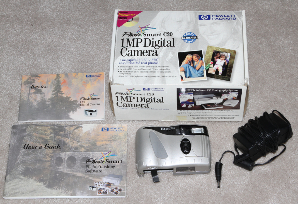 HP PhotoSmart C20 digital camera kit
