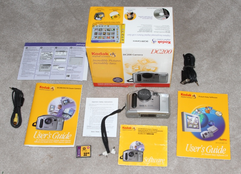 Kodak DC200 digital camera kit